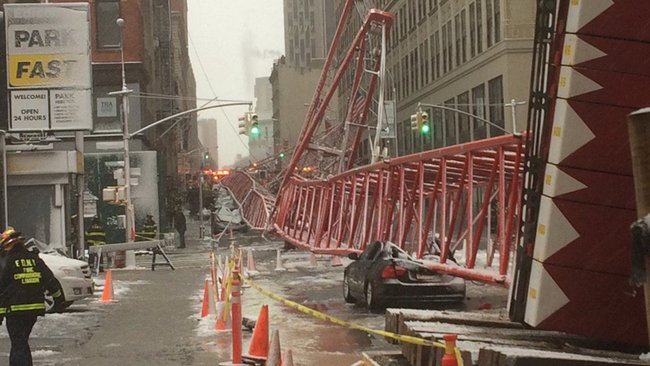A construction crane collapsed in Lower Manhattan Feb 5th 2016, crushing a row of parked cars and killing one man and injuring several others.