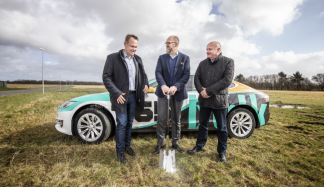 Present for the Groundbreaking Ceremony were Jesper Frost Rasmussen, Mayor of Esbjerg Kommune, Peder Nærbø, founder and chairman of Bulk Infrastructure and Karsten Rieder, commercial manager at Bus...