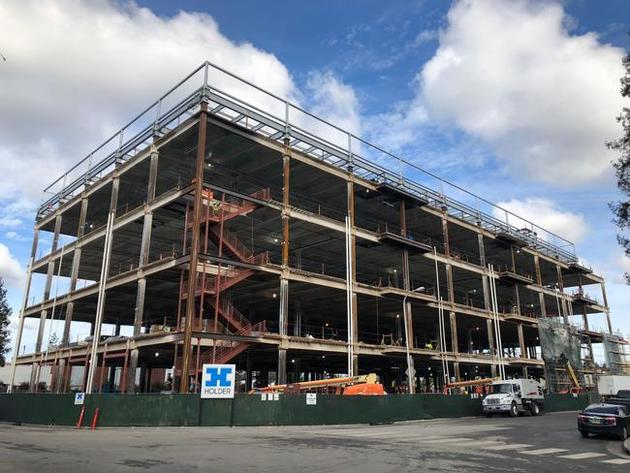 CoreSite's SV8 building is starting to take shape. (January 2019)