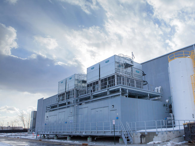 The cooling plant features evaporative condensing units and can useair- and water-side economization with variable speed CRAHs. CoreSite is able to use economization for about two-thirds of the yea...