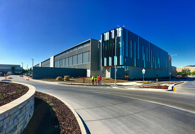 Equinix SV10 represents the newest state-of-the-art Equinix International Business Exchange [IBX] center. This client's 183,000 gsf building consists of a two-story, steel framed building with prec...