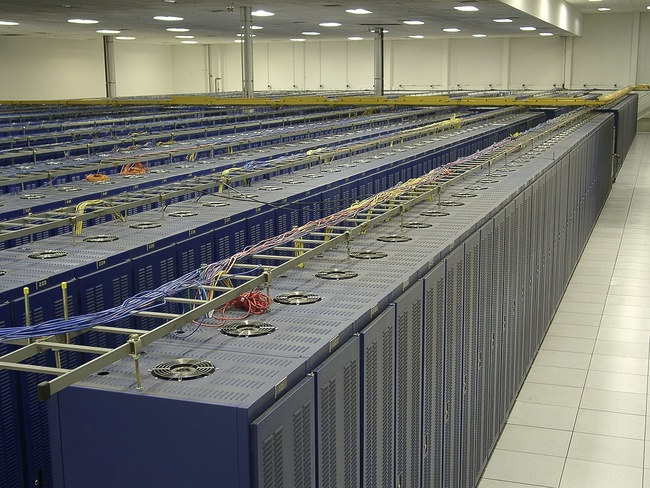 The Fremont 1 Data Center includes 12 rows of 84 cabinets each (1,008 total)