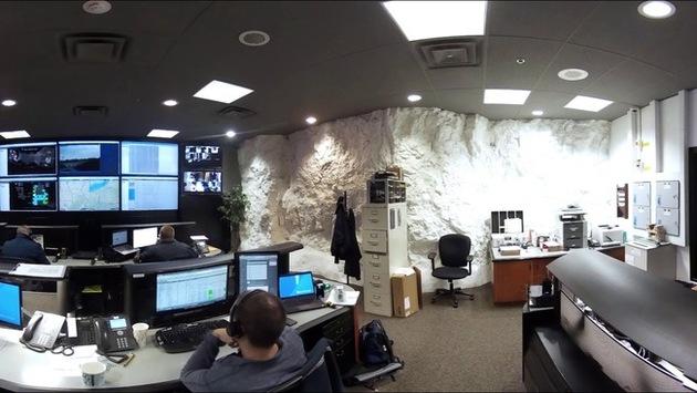 The walls still have rock walls