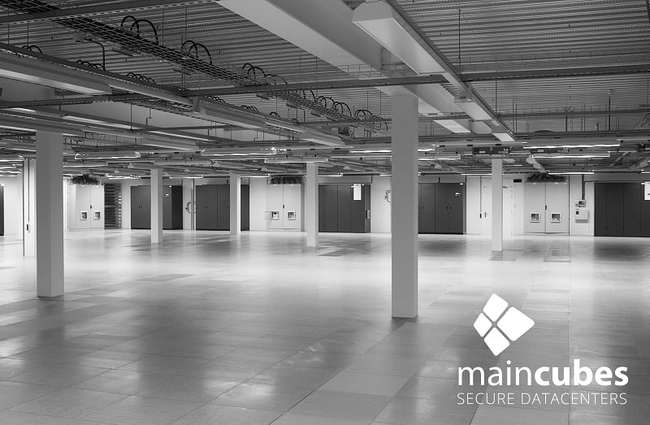 The maincubes private suite in Amsterdam is 11,840 sq. ft. (1,100 sq. meter) with 1.7 MW of power.